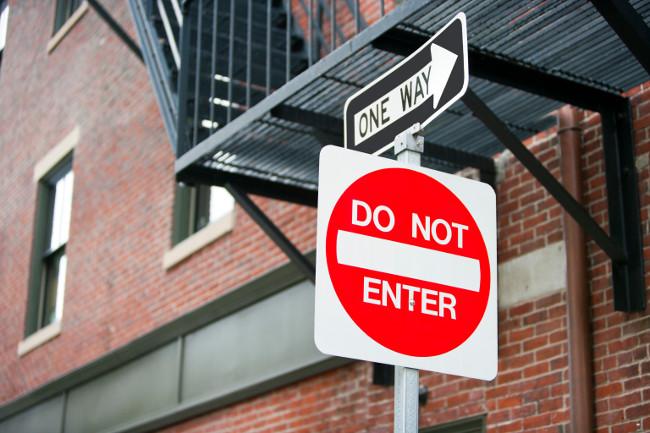 Traffic Signs - Car & Van Hire London at Go Rental